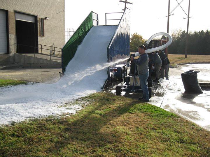 Mr Cool Snow Parties snow slide and snow machine